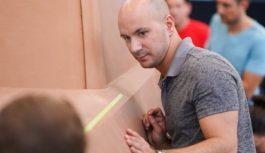 Американці випустять електричний пікап з 360-міліметровим кліренсом